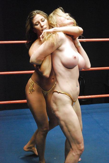 المصارعة الحرة فتيات جذابات وساخنات